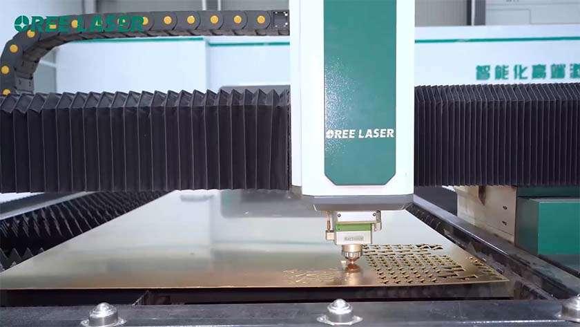 레이저 절단기의 가공 품질에 영향을 미치는 요인은 무엇입니까?